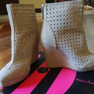 Cut Out Wedge High Taupe Ankle Booties